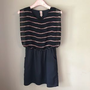 Love Notes Dress Small